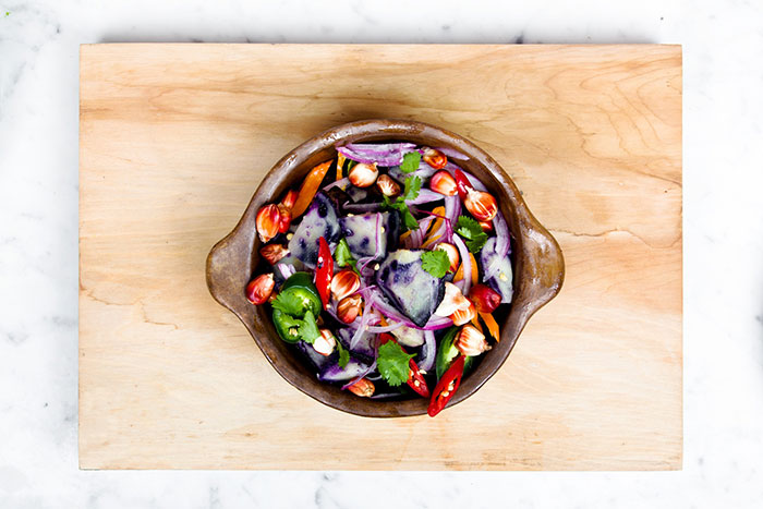 earthmonth-food-salad-healthy-vegetables